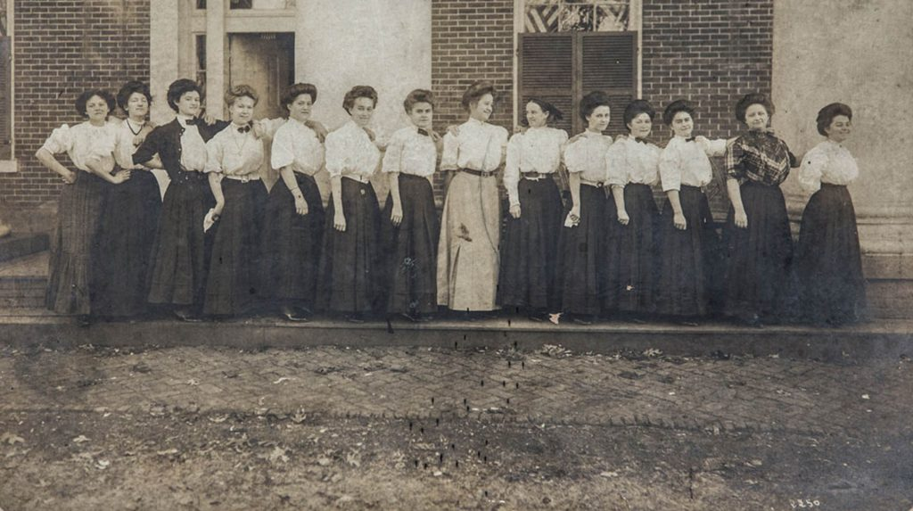 Women-group-photo